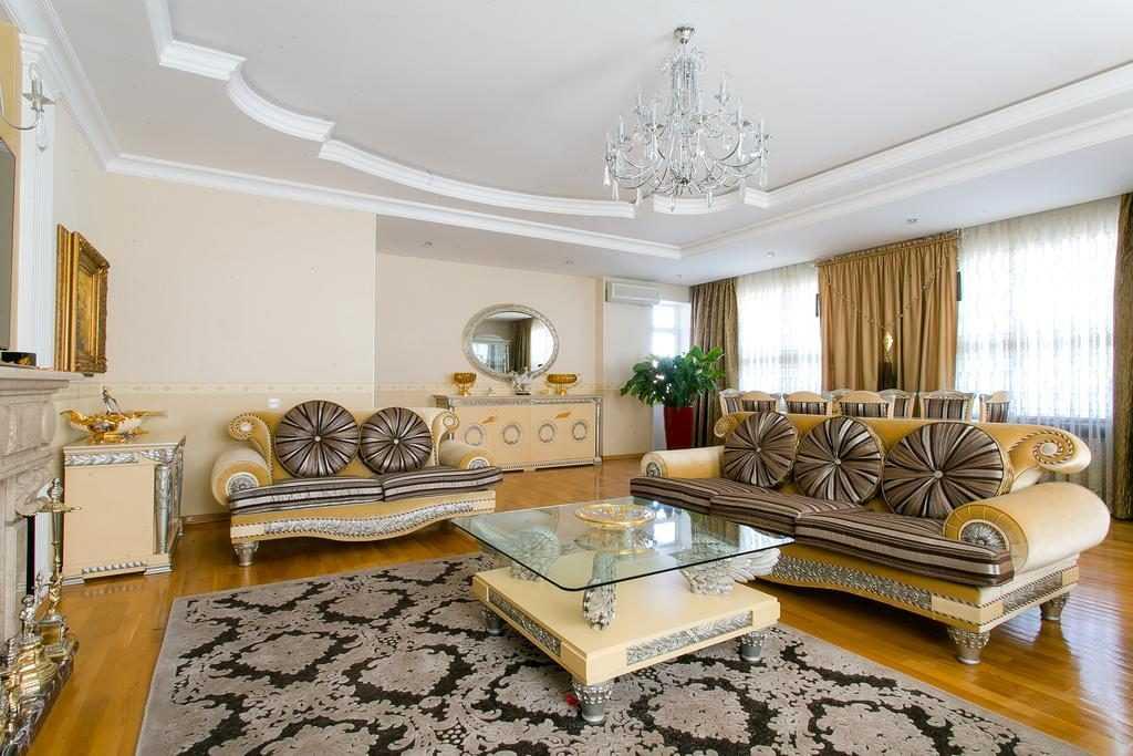 خرید خانه در باکو