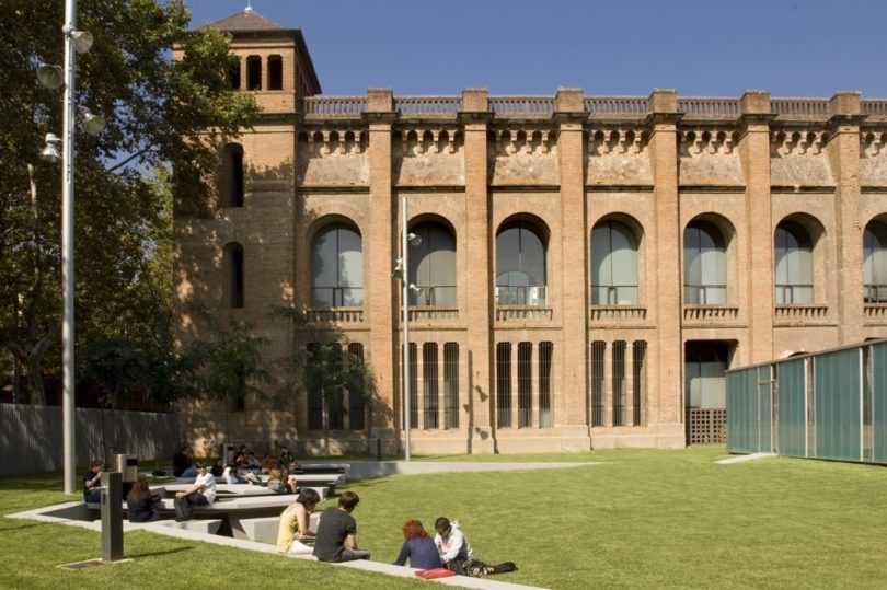 لیست دانشگاه های بارسلونا