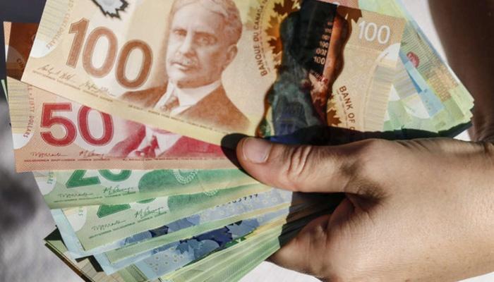 درآمد در کانادا