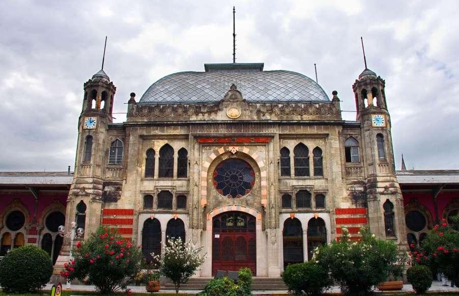 ایستگاه زیبای قطار سیرکچی استانبول