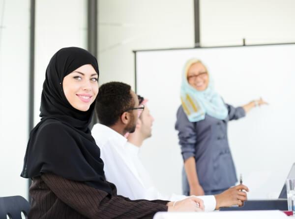 میانگین درآمد مشاغل در دبی امارات