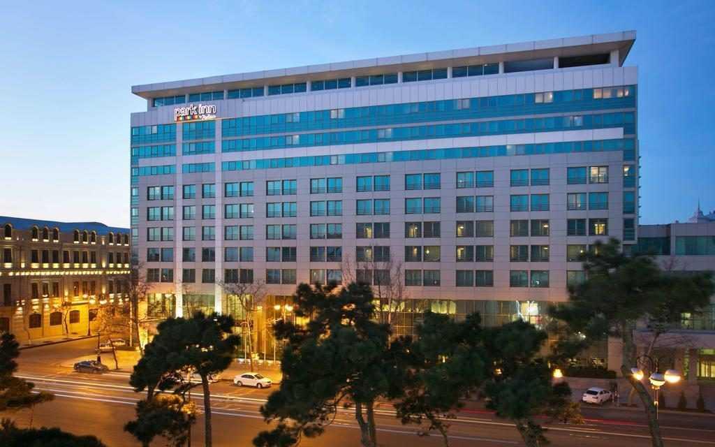 هتل رادیسون از هتل های معروف باکو