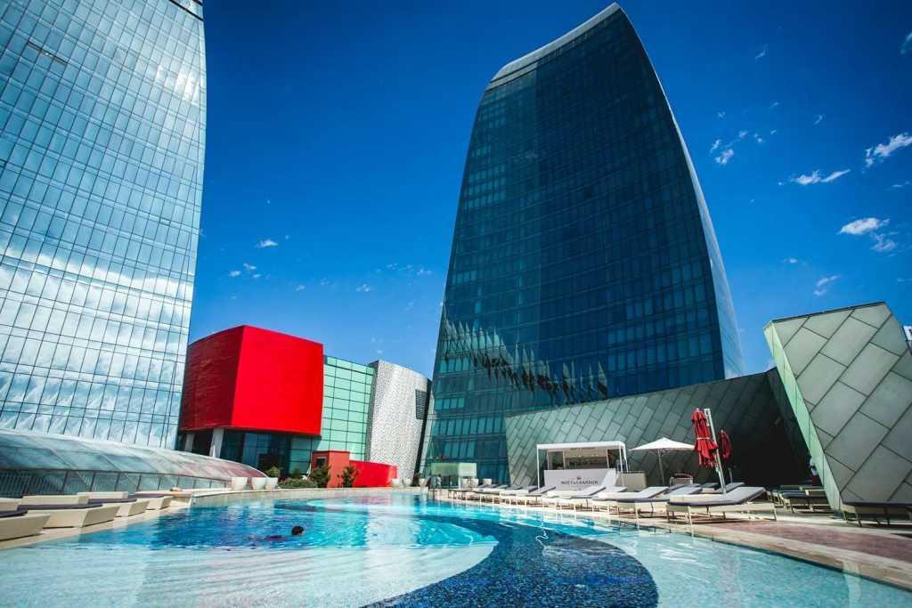 هتل فیرمونت از هتل های پرطرفدار باکو