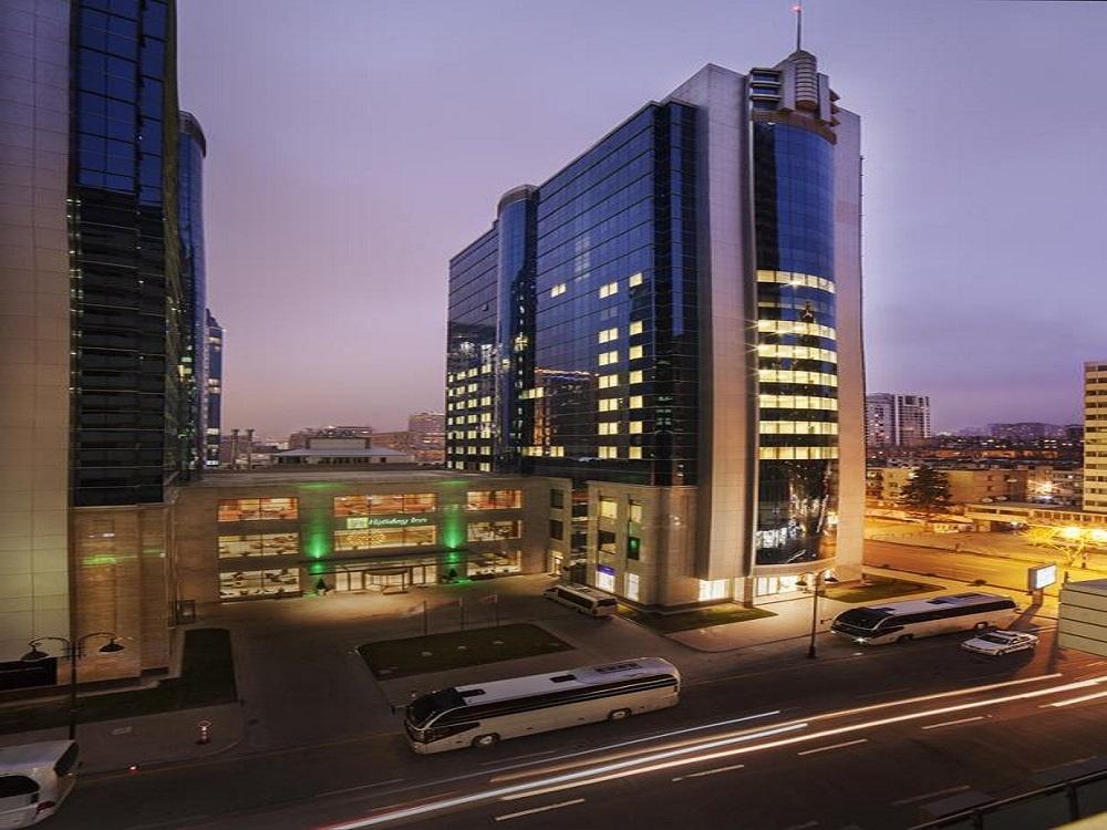 هتل هالیدی از هتل های معروف باکو