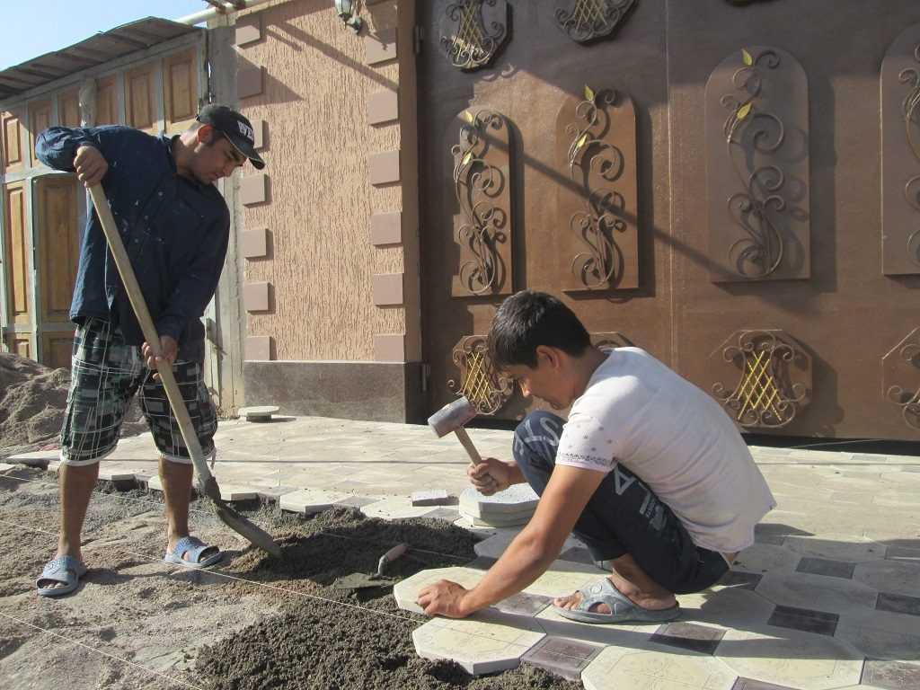 استخدام در ازبکستان