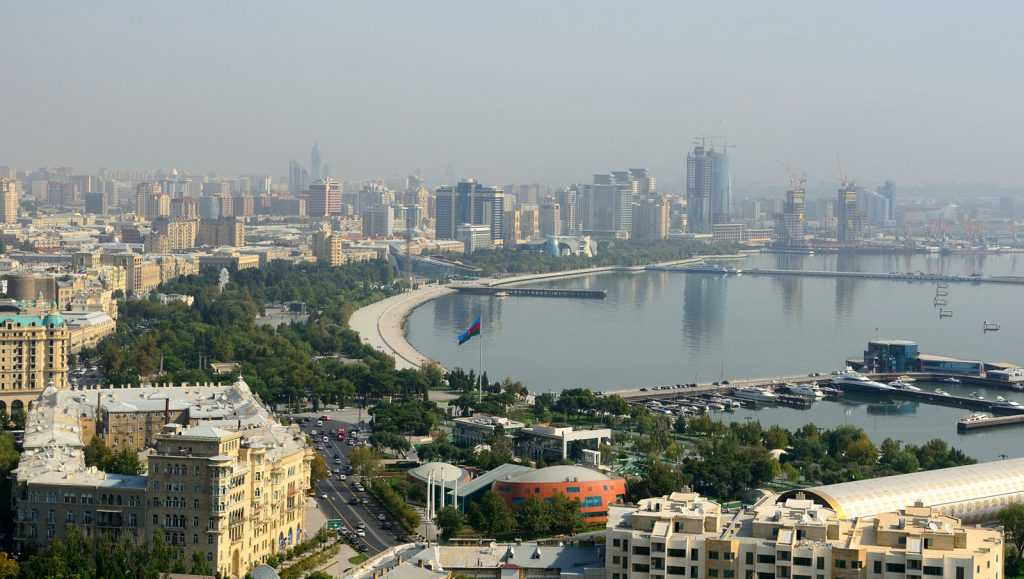 تجربه باکو آذربایجان