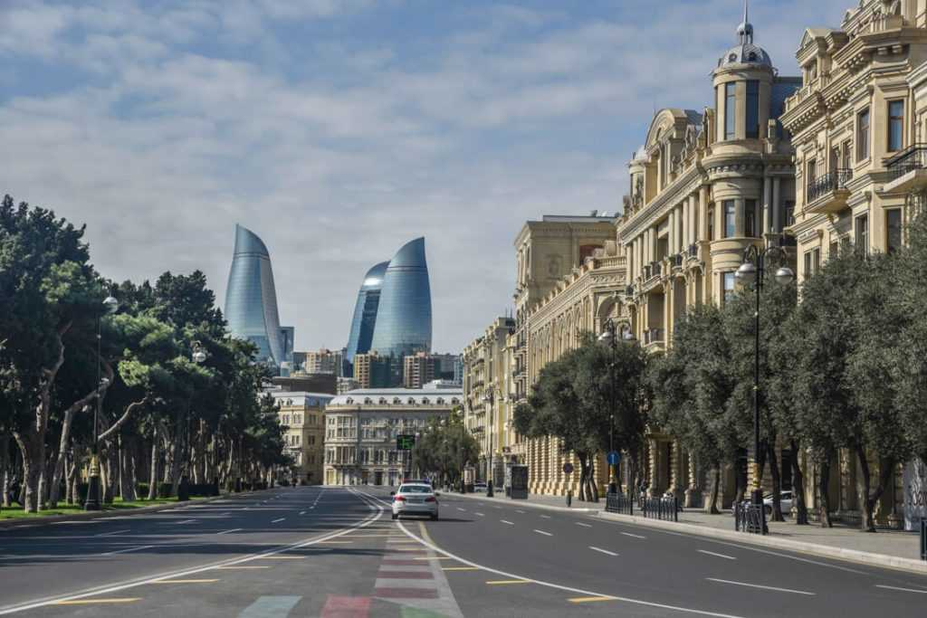 تجربه زندگی در باکو