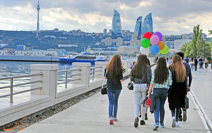 دلیل زندگی در باکو